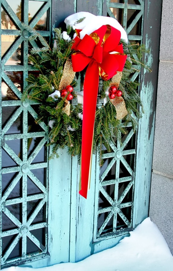 Wreath_email copyright Ed Snyder 2013