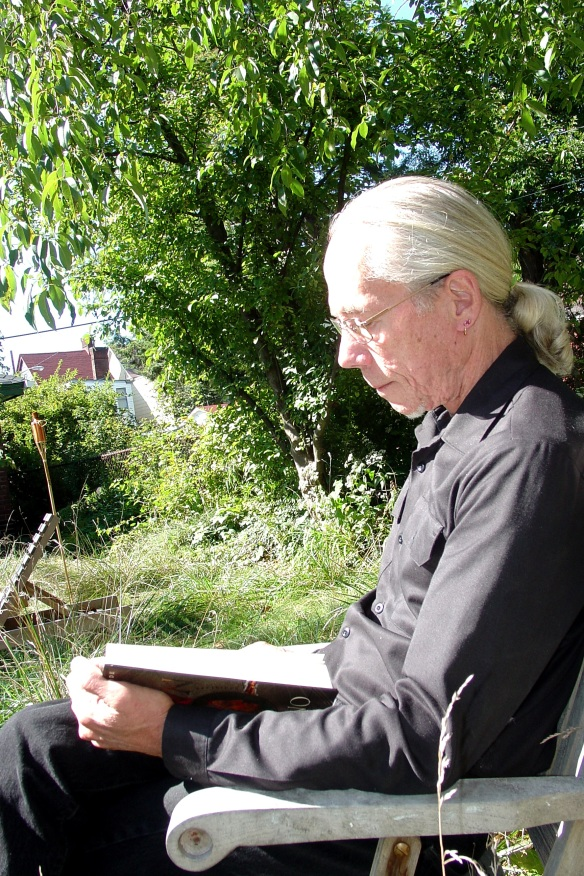 Fred Fowler Reading